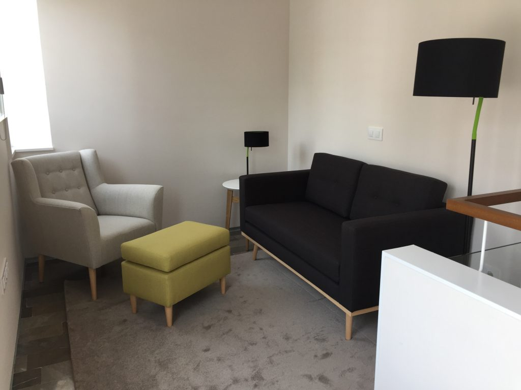 comme peindre une pi ce. Black Bedroom Furniture Sets. Home Design Ideas